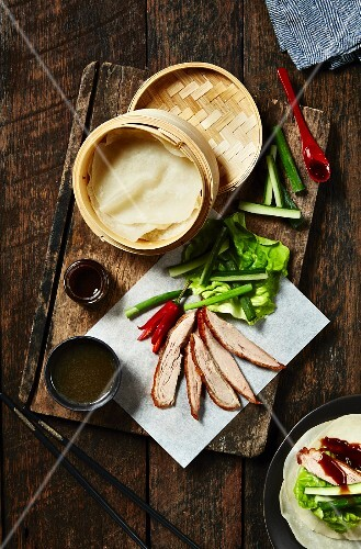 Peking duck with mini pancakes