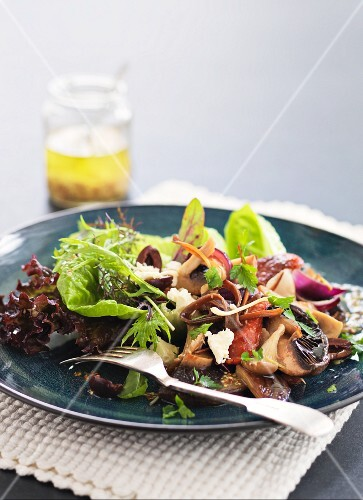 Warm mushroom salad with chorizo