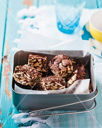Mint chocolate crispy cakes in a tin