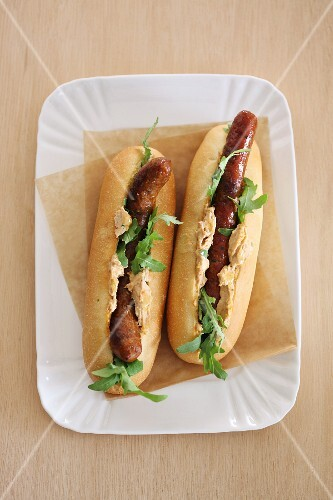 Hot dogs with rocket