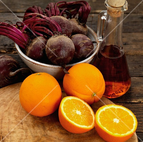 Beetroots, oranges with red wine vinegar