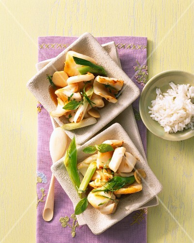 Squid with Vietnam-style vegetables