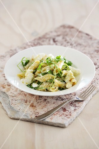 Penne with spinach and ricotta
