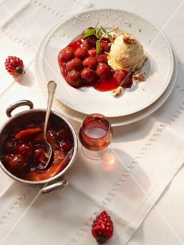 Peanut ice cream with cherry compote (USA)