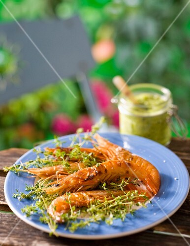 Grilled prawns with herb butter