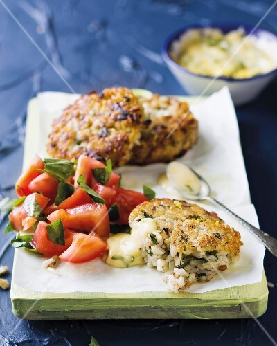 Fish cakes with tomato salad and mayonnaise