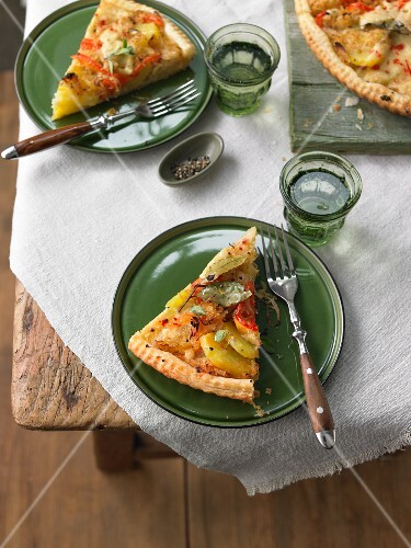 Potato and cabbage quiche