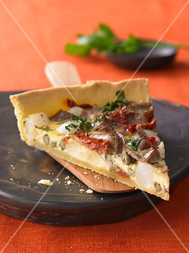 Spicy meat quiche
