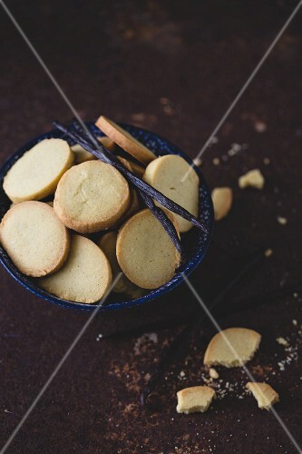 Vanilla butter biscuits in a baking dish