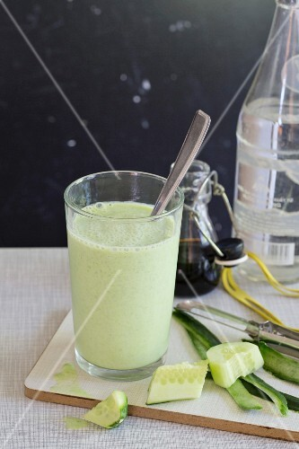 A cucumber and pea drink with kefir