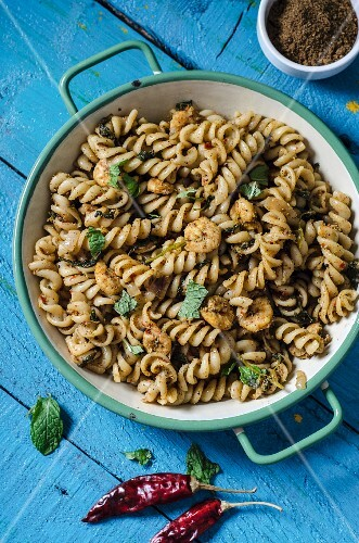 Fusilli with marinated prawns
