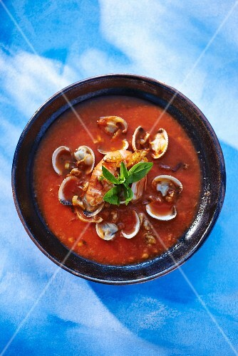 Lobster soup with mussels