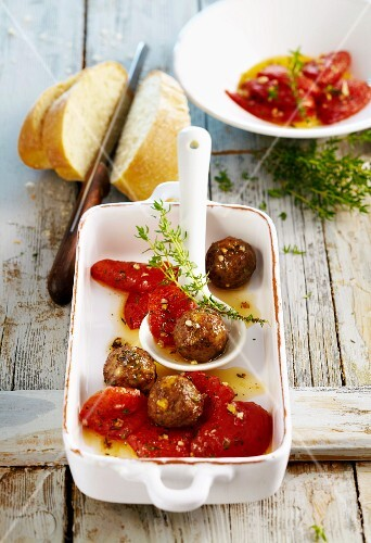 Bari meatballs with oven bakes tomatoes