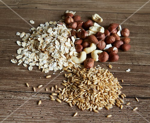 Nuts, grains and oats