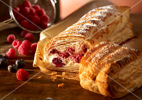 Berry and quark strudel
