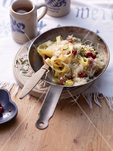 Fried pasta and sauerkraut