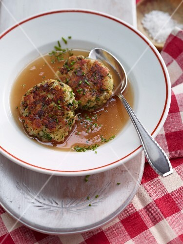 Kaspressknödel (cheesy bread dumplings with herbs) from Salzburg