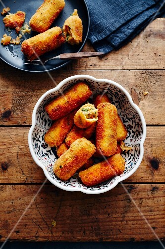 Chickpeas and potato croquette with coriander (Turkey)
