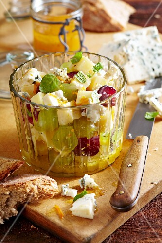 Fruity cheese salad