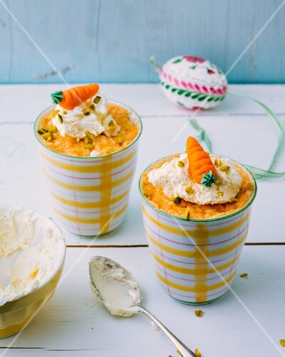 Carrot mug cake with a cream cheese topping
