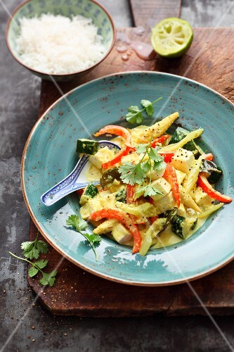 Thai lime curry with vegetables