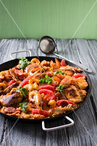 Grapefruit paella