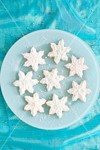 Frozen Christmas biscuits (seen from above)