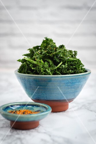 Kale chips with Japanese seasoning