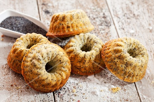 Mini Bundt cakes with poppy seeds