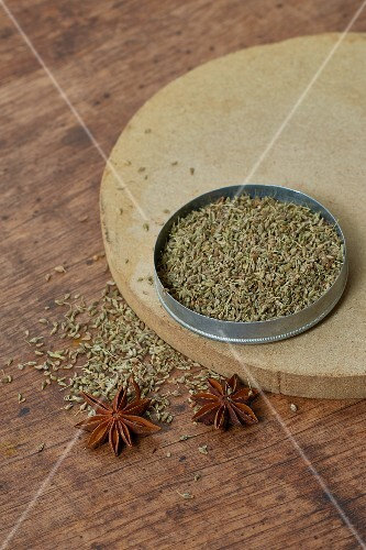Anise seeds and star anise