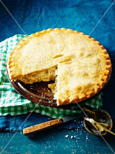 Chicken pot pie with lemon-scented teatree