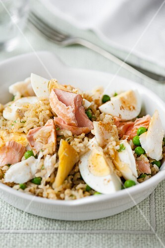 Kedgeree with fish and egg