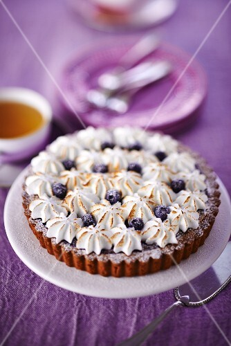Blueberry tart with meringue