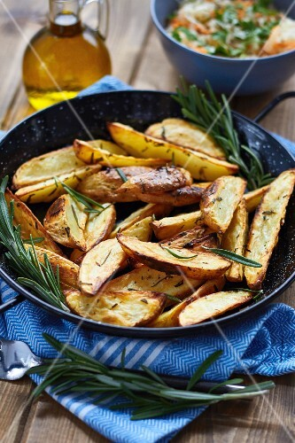 Potato wedges with rosemary