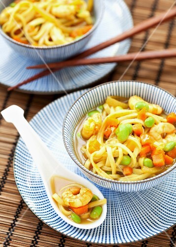 Katsu curry noodle soup with prawns and edamame beans