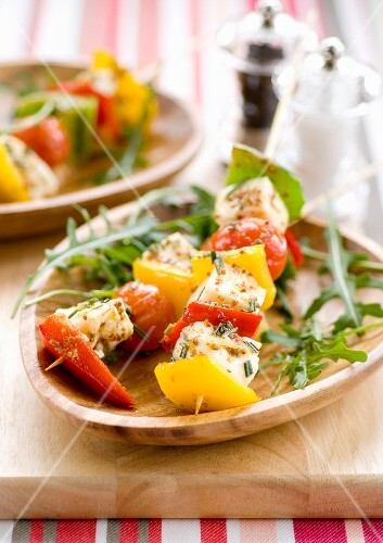 Halloumi skewers with red and yellow peppers