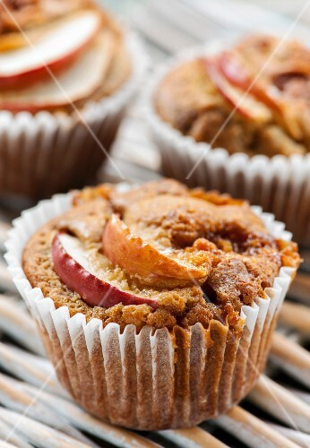 Caramel and apple muffins