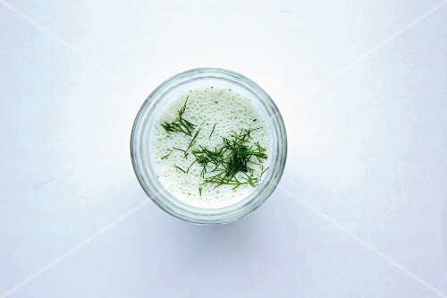 Yoghurt lassi with fenugreek and dill
