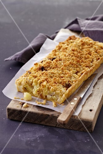 Vegetable crumble pie