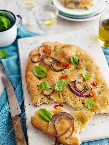 Foccacia with onions, chilli and basil