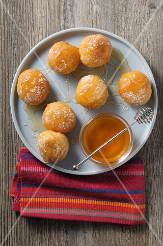 Doughnuts with honey