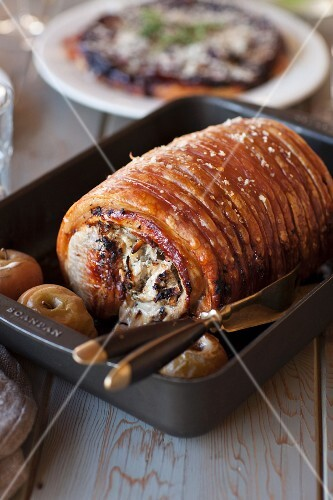 Pork roulade with apples
