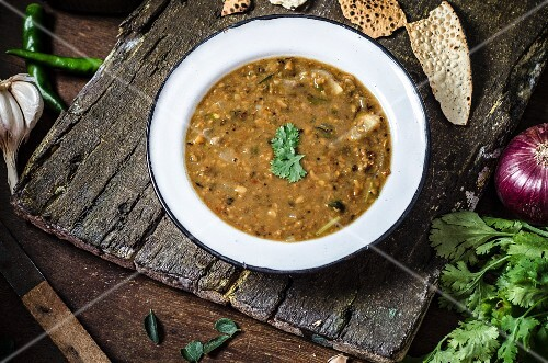 Matki Dal Curry (moth bean curry, India)