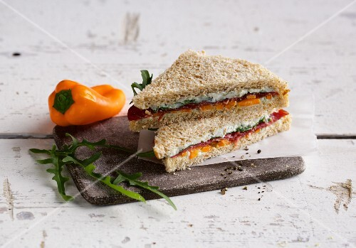 Bresaola sandwich with peppers