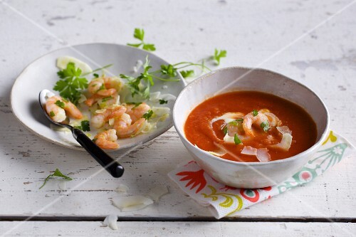 Tomato and papaya soup with prawns