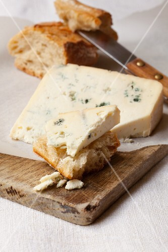 A slice of Bleu d'Auvergne cheese with bread