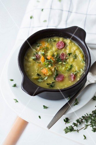 Pea soup with sausage