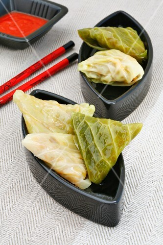 Cabbage parcels filled with minced meat and rice (Asia)
