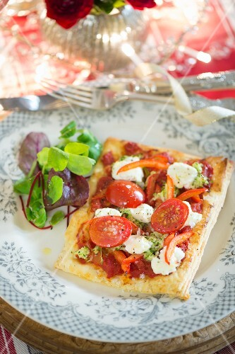 Goats' cheese tart with cherry tomatoes for Christmas