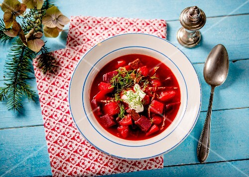 Borscht with sour cream